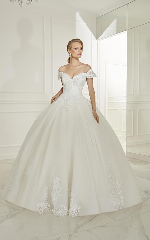 robe de mariée princesse col bateau