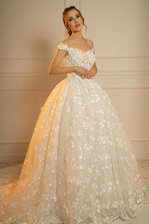 Robe de mariée princesse avec fleurs 3D